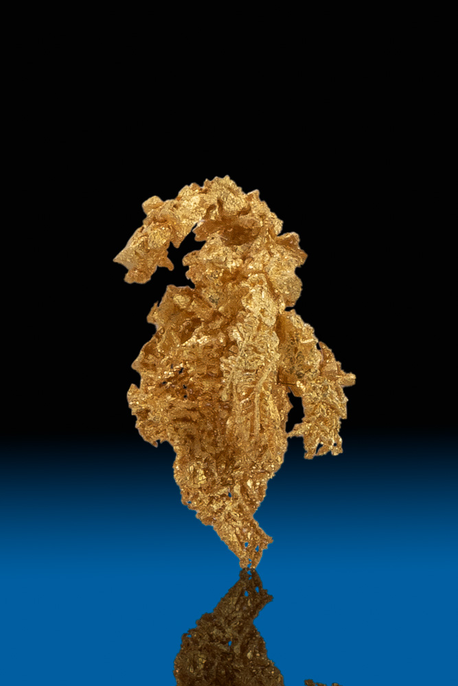 Sharp Curved Gold Crystal Specimen from Round Mountain, Nevada