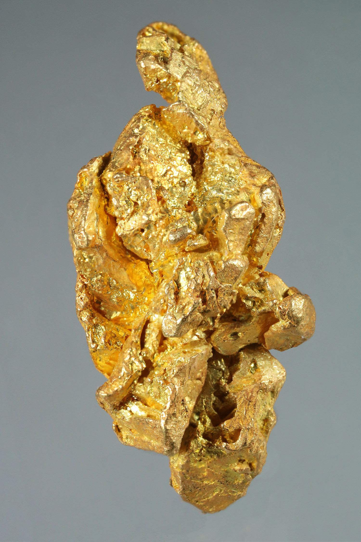 Elongated and Faceted Gold Crystal from the Yukon