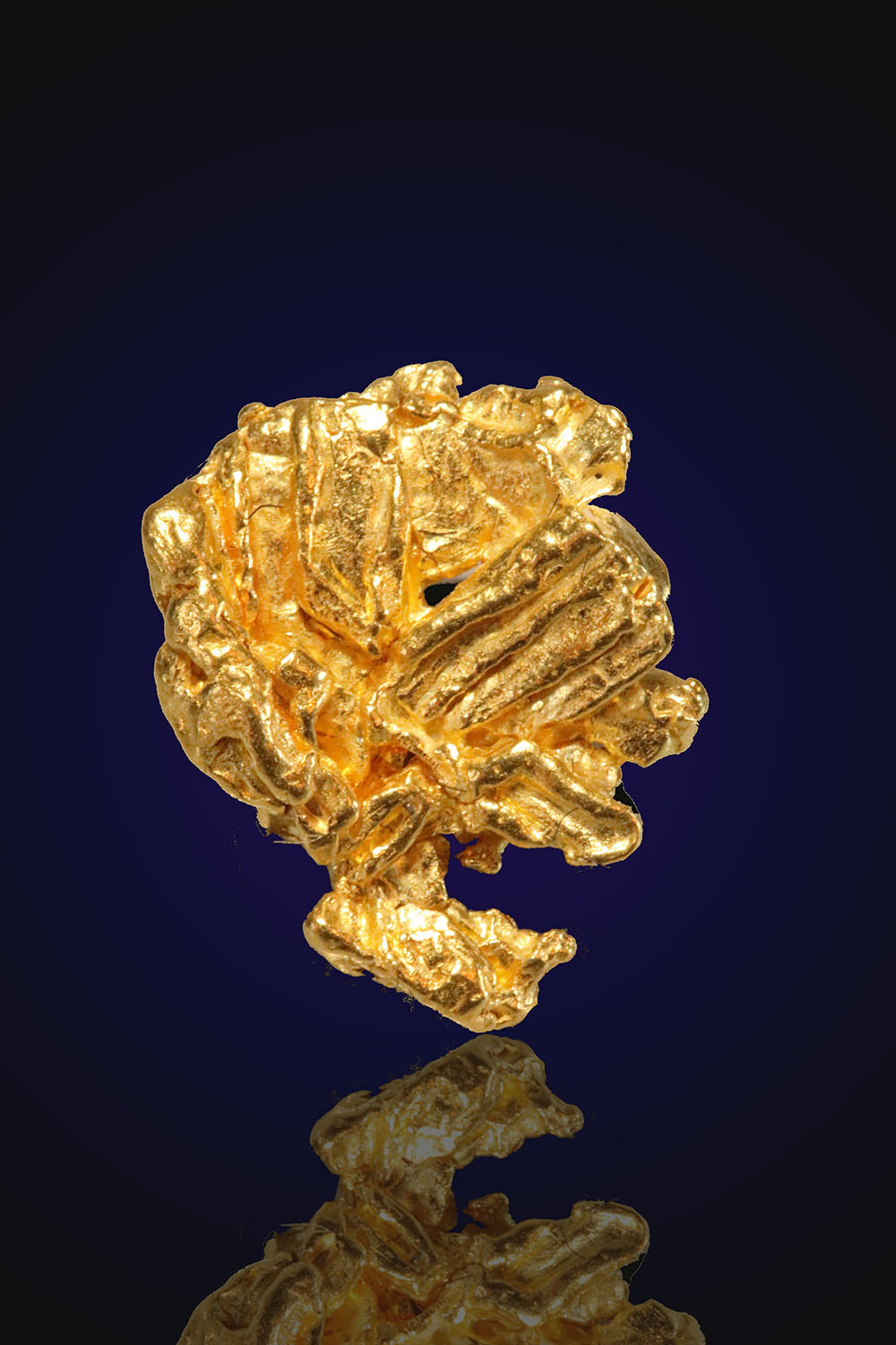 Striated Cloverleaf Shaped Gold Nugget from Alaska