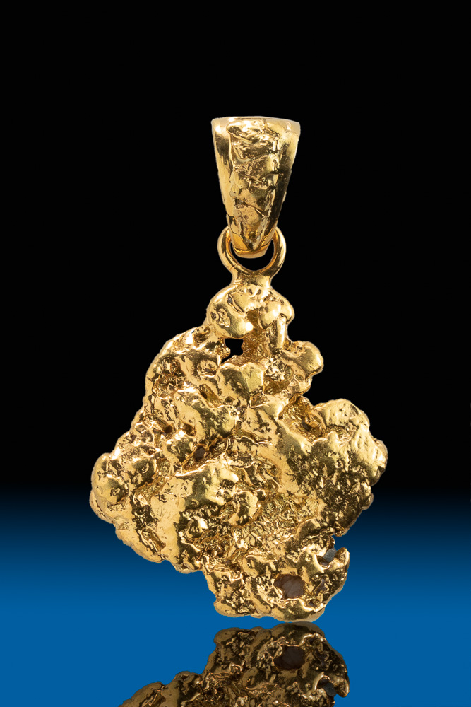 A Brilliant Natural Gold Nugget Pendant - Alaska