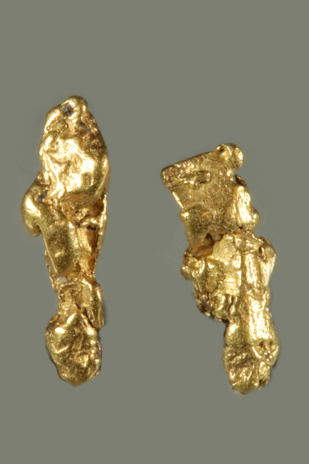 Elongated Natural Gold Nuggets from the Bering Sea
