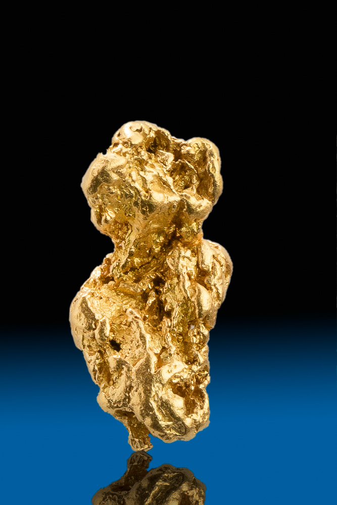 Elongated Beautiful Gold Nugget from Calaveras, California