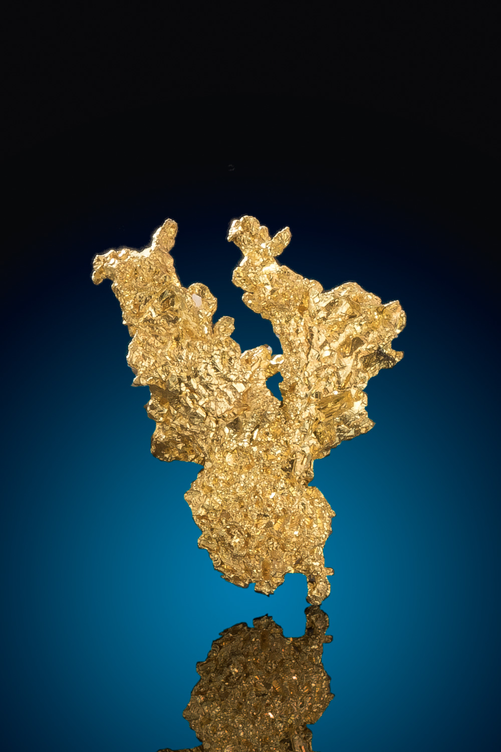 Beautiful Form - Crystalline Gold Nugget from Eagles Nest