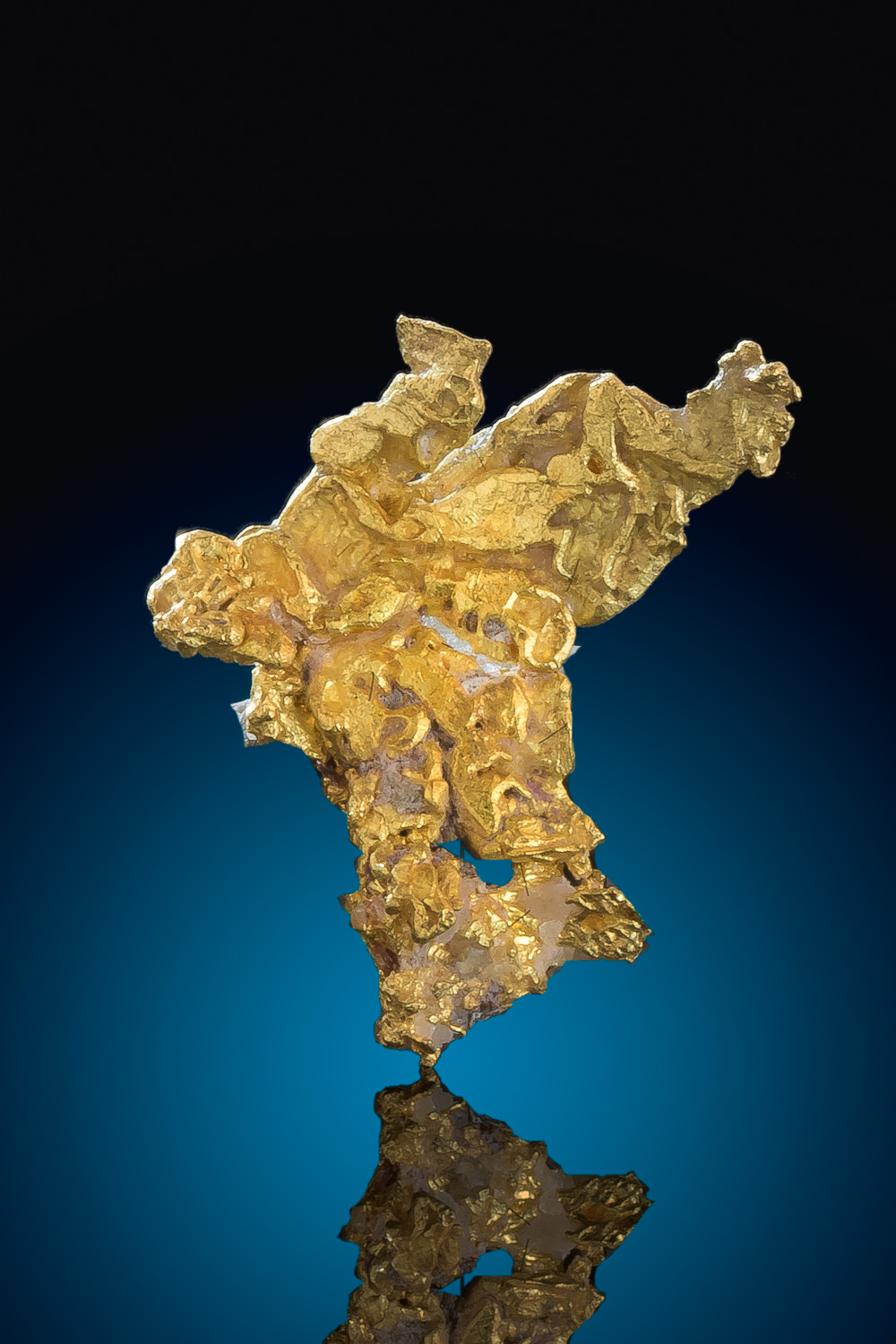 Beautiful Crystalline Gold Nugget from the Eagles Nest Mine