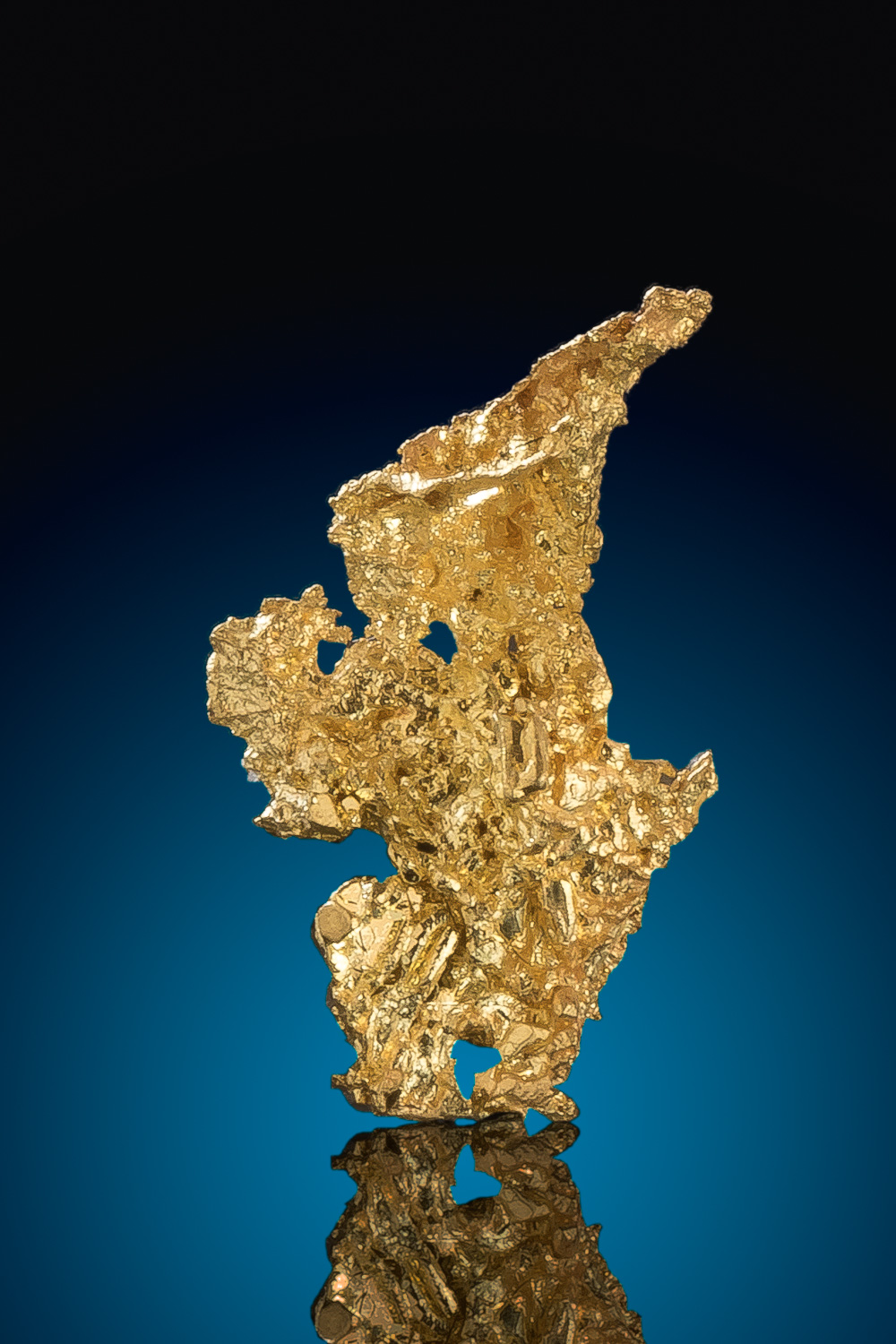Tapered Crystalline Gold Nugget from the Eagles Nest Mine