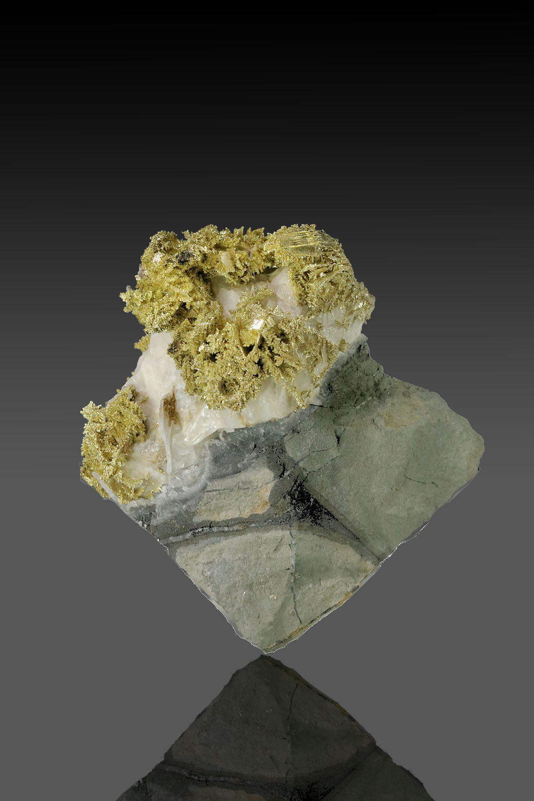 Fire Creek Mine - Dendritic Gold Cluster in Quartz