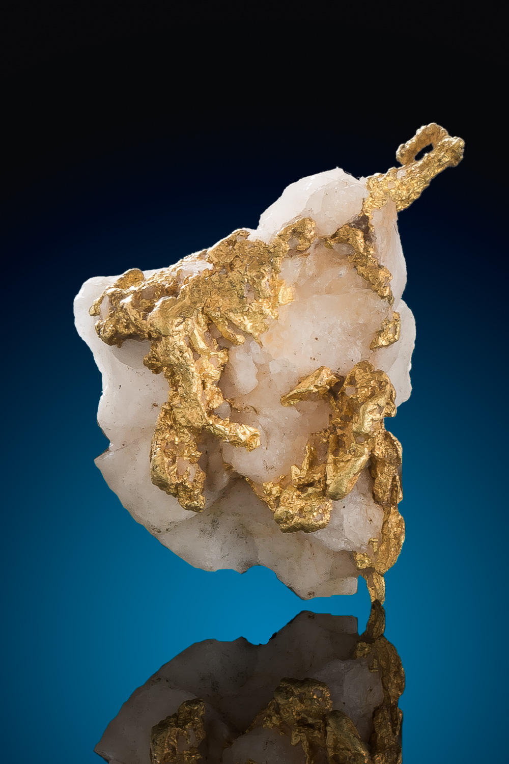 Crystalline Gold Cluster on Quartz - California