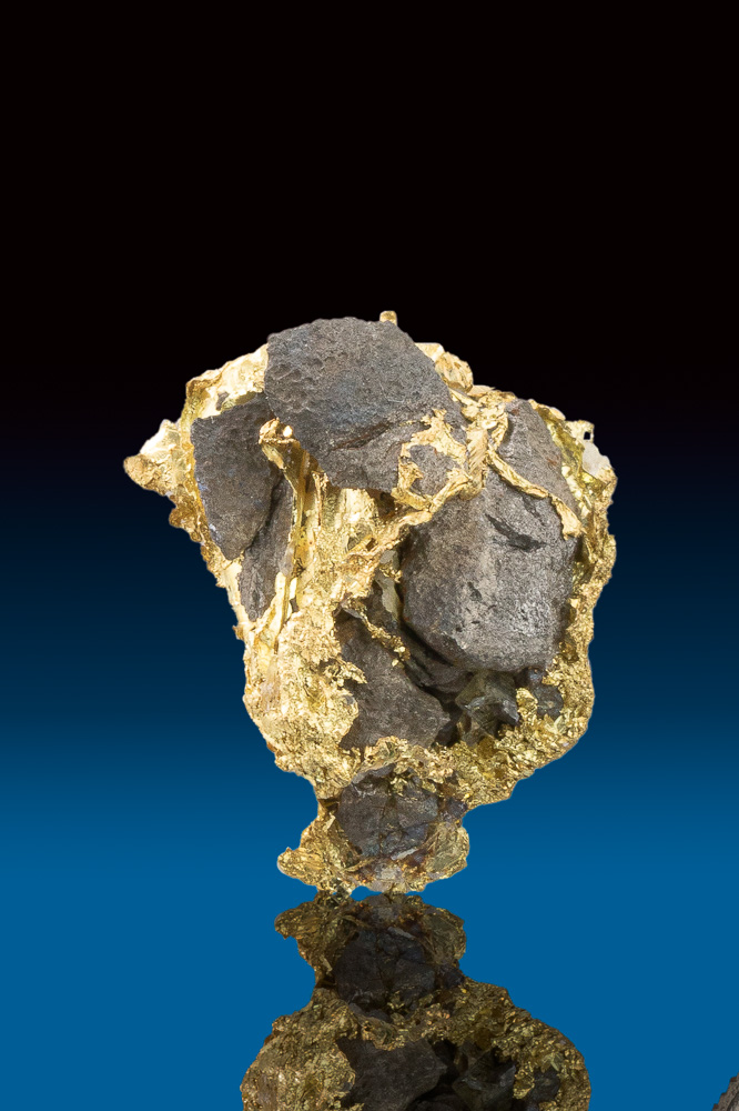 Brilliant Crystallized Gold with Aresnopyrite from Allegheny