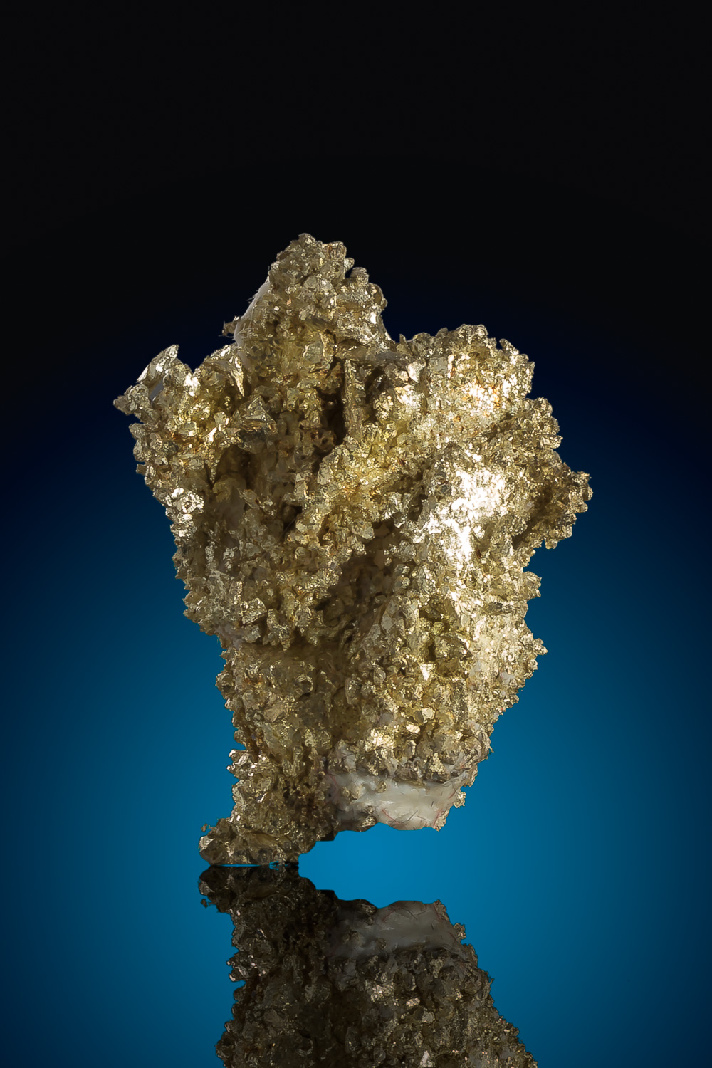 Rare Electrum Gold Crystal from Round Mountain, Nevada