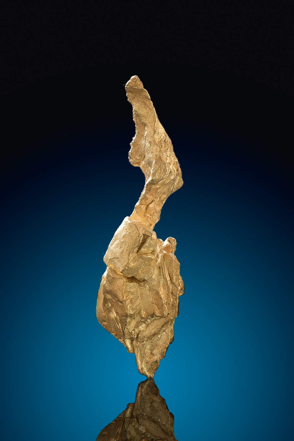 Papua New Guinea - Crane Shaped Natural Gold Crystal