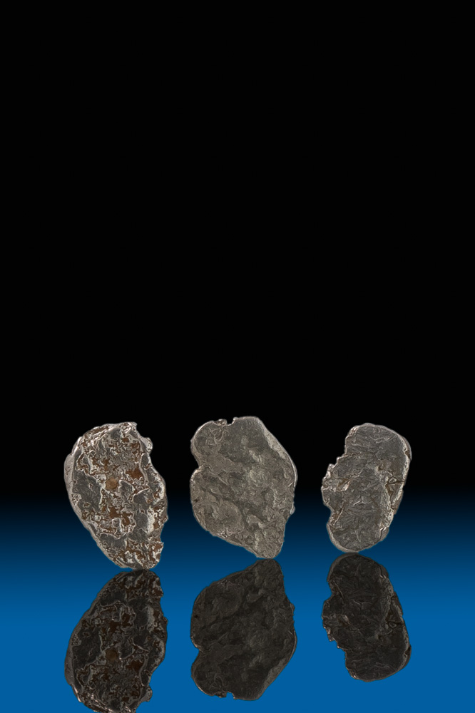 Three Thin Natural Platinum Nuggets - Choco, Columbia