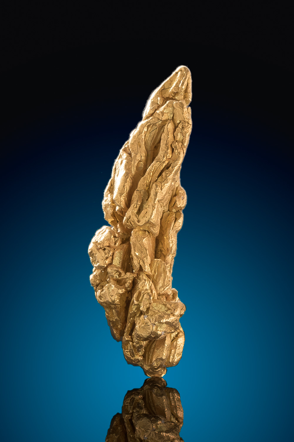 Elongated Striated Gold Specimen from the Yukon - Click Image to Close