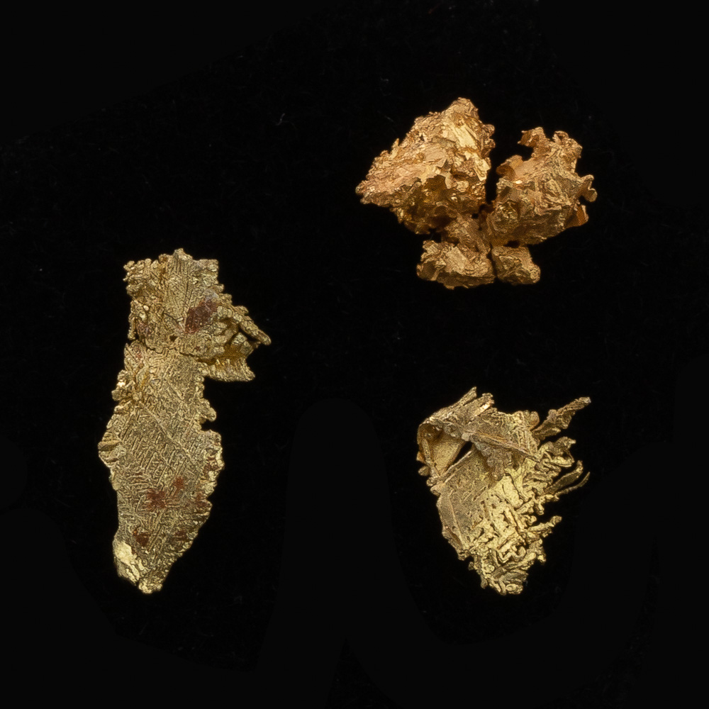 Three Sharp and Faceted Gold Crystals - Lot 117