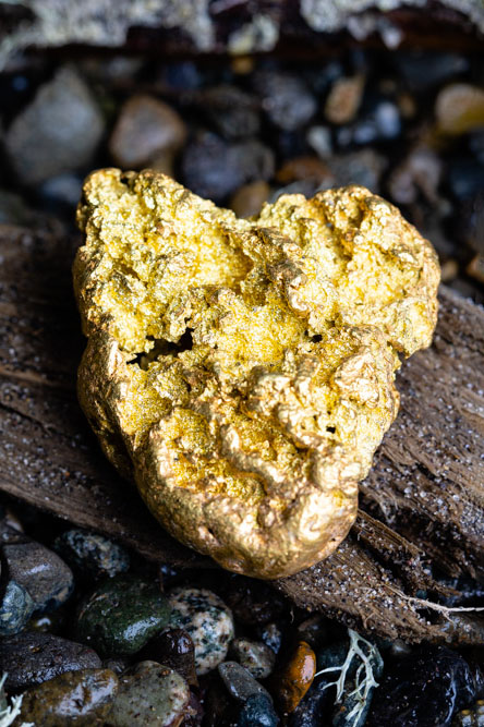 Brilliant, Heavy and Intricate Alaskan Gold Nugget -138.5 grams